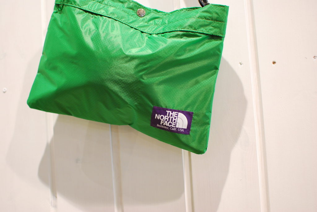 THE NORTH FACE PURPLE LABEL BAG.